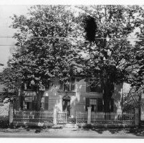 Image of Print, Photographic - Photograph of Fitch Tavern. See Notes for transcript of a report of a fire 1939.