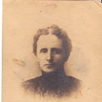 """Image of Photograph - Photo with inscription on back: """" Bertha Williams, her brothers and sisters: Carleton, Gladys, Harold, Lawrence, Meredith."""" (Perhaps photo of Meredith G. Williams, 1905  - 2015.008.006 - is a brother or son?)"""