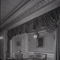 Image of Chicago Architectural Photographing Company - IL-Chicago-Picadilly Foyer Alcove