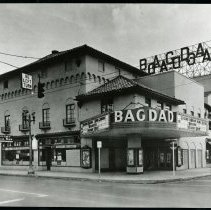 Image of OR-Portland-Bagdad-TH-scrapbook-b16p301