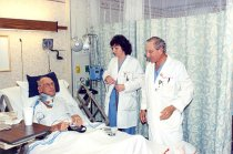 Image of AAPA7.071 - Magdy Boulos and Teresa Kitko with patient, 2004