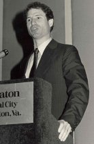 Image of AAPA8.032 - Congressman Ron Wyden, CCOW, 1985