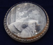 Image of PAM00007 - Paperweight with enclosed photograph