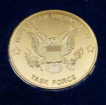 Image of Medal of merit reverse