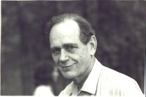 Image of PAM00071 - Eugene Stead at staff picnic