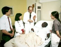 Image of SIC00014 - Stead Teaching at Bedside