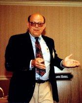 Image of SIC00022 - Reginald Carter presenting at National Conference, 1992