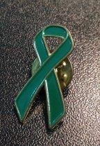 Image of MUC00188 - Green Ribbon Pin (2)