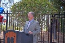 Image of Bill Kohlhepp speaking on behalf of the PAEA