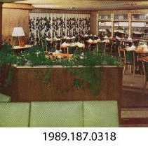 Image of 1989.187.0318 - Uphoff's Rotundra restaurant and Motel, 2 1/2 miles from Wisconsin Dells