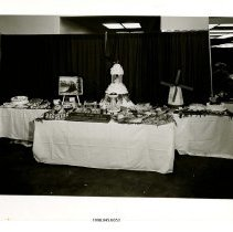 Image of 1998.045.0053 - Photograph