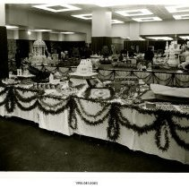 Image of 1998.045.0083 - Photograph