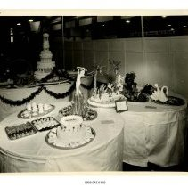 Image of 1998.045.0110 - Photograph
