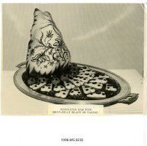 Image of 1998.045.0230 - Photograph