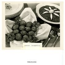 Image of 1998.045.0258 - Photograph