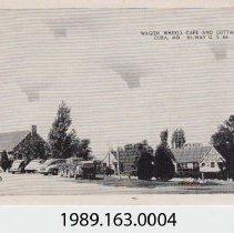 Image of 1989.163.0004 - Wagon Wheels Cafe and Cottages, Cuba, Missouri, Hi-Way U.S. 66