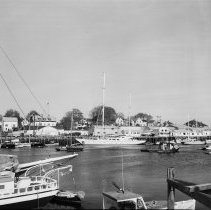 Image of LB2005.24.8392 - Boutilier Collection