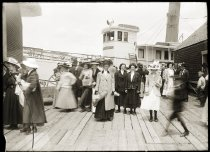 Image of LB2015.12.239 - Harriet Hichborn Collection