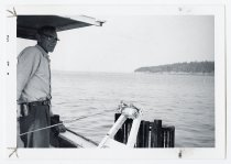 Image of LB2012.15.3021 - National Fisherman Collection