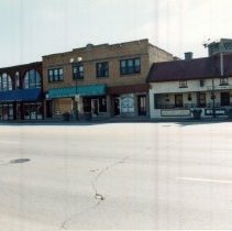 Image of 95th Street Near Cook Avenue - Photograph of the south side of 95th Street near Cook Avenue.  Businesses such as Veli's Kofy Kup Restaurant are visible.