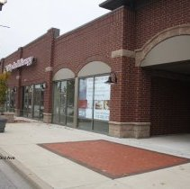 Image of 95th Street Oak Lawn - This is a photograph of ATI Physical Therapy and an empty store located on 95th Street between 53rd Avenue and Cook Avenue.