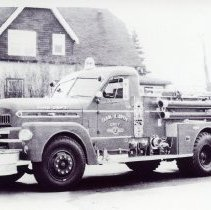 Image of Seagrave Fire Truck - This is a photograph of a Seagrave fire truck owned by the Oak Lawn Fire Department.