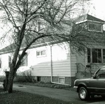 Image of 9410 S. 55th Court House - This is a photograph of a house located 9410 S. 55th Court.