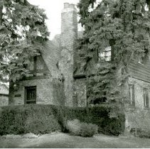 Image of 9609 Brandt Avenue House - This is a photograph of a house located at 9609 S. Brandt Avenue. The home was built in 1937 and Harvey Wick (Village President from 1952-1960) resided in the home from 1937 to 1961.