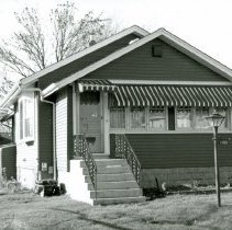 Image of 9708 S. Major Avenue House - This is a photograph of a house located at 9708 S. Major Avenue, built in 1929.