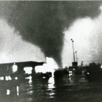 Image of 1967 Oak Lawn Tornado - This is a photograph of the 1967 tornado. It was taken from the corner of 87th Street and Harlem Avenue at about 5:29 p.m.