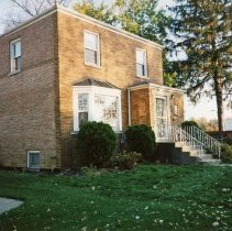 Image of 9427 South Tulley Avenue - This is a photograph of the home located at 9427 Tulley Avenue. It was demolished on November 19, 2003 to make way for the 51st Avenue Station development which includes stores and a condominium building.
