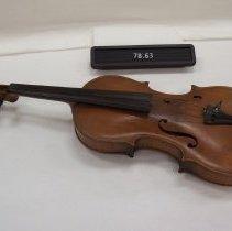 Image of 1978.063 - Violin