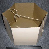 Image of 1983.048.0015b2 - Hatbox