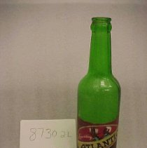 Image of 1987.030.0002 - Bottle