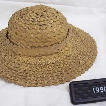 Image of 1990.072.0001a & b - Hat