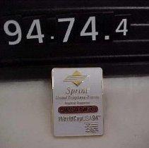 Image of 1994.074.0004 - Pin