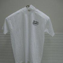 Image of 1995.013.0001 - T-shirt