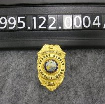 Image of 1995.122.0004a - Badge, Police