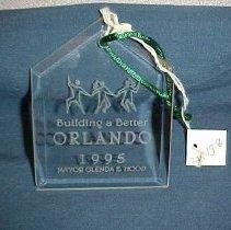 Image of 2001.013.0008 - Ornament, Christmas Tree