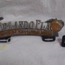 Image of 2003.035.0001 - Holder, License Plate