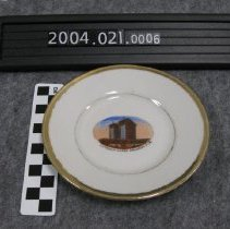 Image of 2004.021.0006 - Saucer