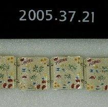 Image of 2005.037.0021 - Bracelet