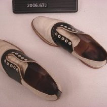 Image of 2006.067.0001 - Shoe