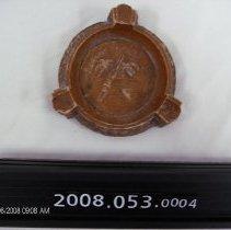 Image of 2008.053.0004 - Ashtray