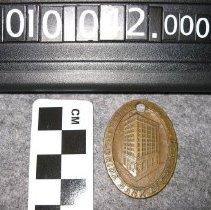 Image of 2010.042.0003 - Ring, Key