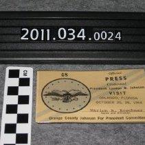 Image of 2011.034.0024 - Badge, Identification