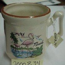 Image of 2000.008.0034 - Mug