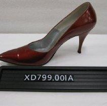 Image of XD799.001a - Shoe, Pump
