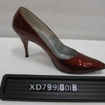 Image of XD799.001b - Shoe, Pump