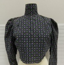 Image of 2012.029.0001a - Blouse